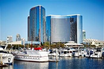 San Diego Marriott Marquis - Facade Access